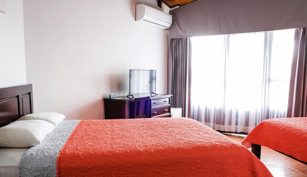 standard-room-terrazadelpacifico-s2